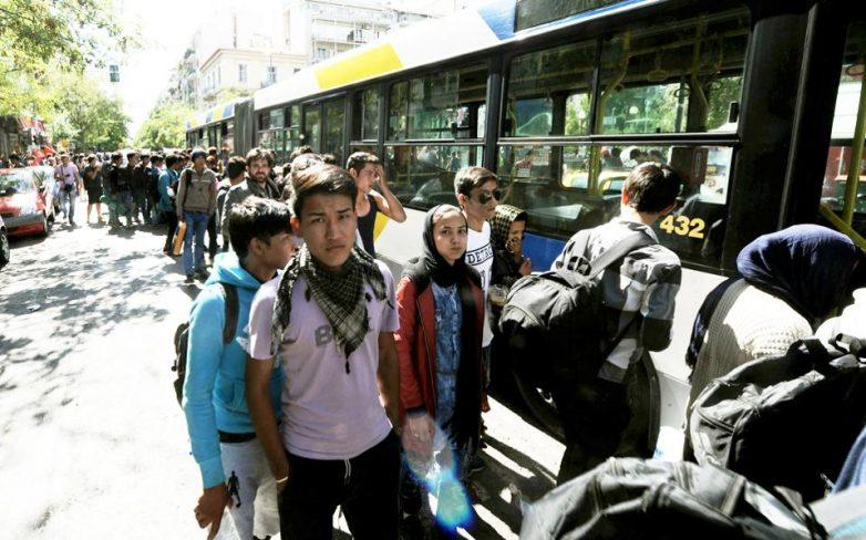 Αδιέξοδο με τους μετανάστες που εγκλωβίζονται στη χώρα