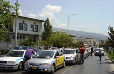 Σε 24ωρη απεργία αύριο οι οδηγοί ταξί