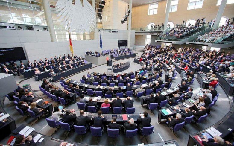 Εμπλοκή με την εκταμίευση των 2 δισ. ευρώ