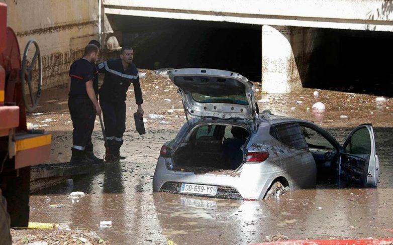 Γαλλία: Τουλάχιστον 16 άνθρωποι έχασαν τη ζωή τους και 5 αγνοούνται από τις πλημμύρες