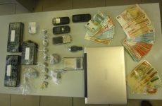 Συνελήφθησαν αλβανοί στον Τύρναβο με πάνω από ενάμισυ κιλό ηρωίνη