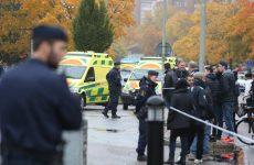 Σουηδία: Ενας νεκρός από επίθεση μασκοφόρου με σπαθί σε σχολείο