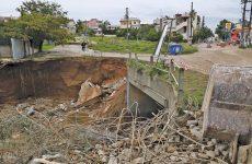 Παίζουν κρυφτό για τις ευθύνες μετά τις καταστροφές που έφερε η κακοκαιρία