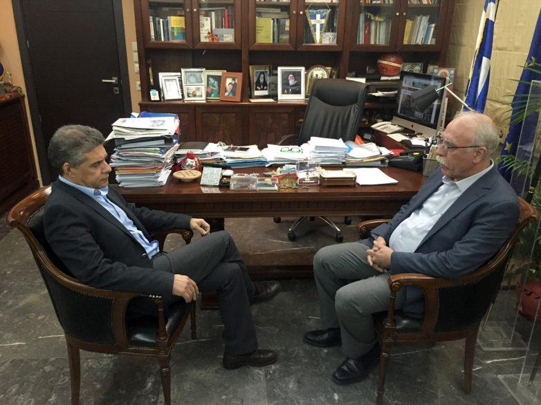 Συνάντηση του περιφερειάρχη Θεσσαλίας με τον αναπληρωτή υπουργό Εθνικής Άμυνας