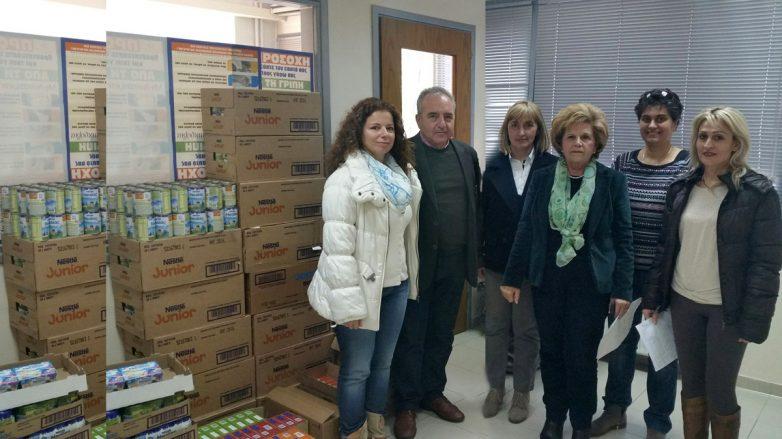 Γάλα και κρέμες για βρέφη και παιδιά μοίρασε σε 750 άπορες οικογένειες η Περιφέρεια Θεσσαλίας