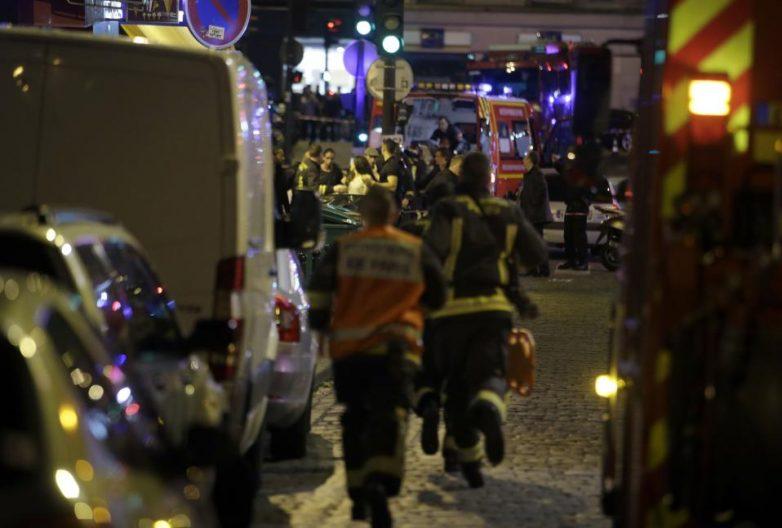 153 οι νεκροί και 200 οι τραυματίες από τις επιθέσεις στο Παρίσι