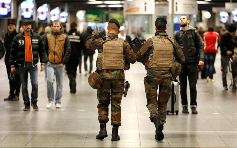 Στο ανώτατο επίπεδο συναγερμού οι Βρυξέλλες – για «κίνδυνο επίθεσης» κάνει λόγο ο Βέλγος πρωθυπουργός