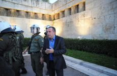 Τόσκας: Η ερευνα γίνεται στο χώρο της Χρυσής Αυγής