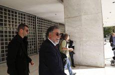 Απομαγνητοφωνημένες συνομιλίες και ονόματα πολιτικών κατέθεσε στην Εισαγγελέα ο Πανούσης