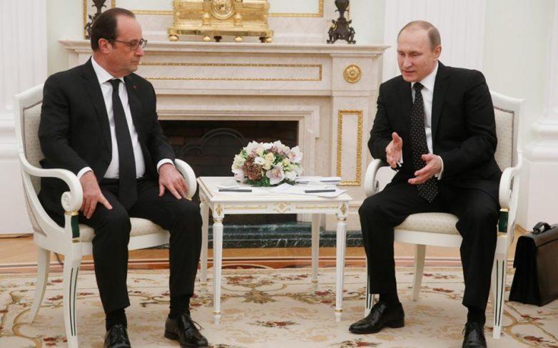 Πούτιν – Ολάντ: Προς ευρύτερο συνασπισμό για την αντιμετώπιση του ΙΚ