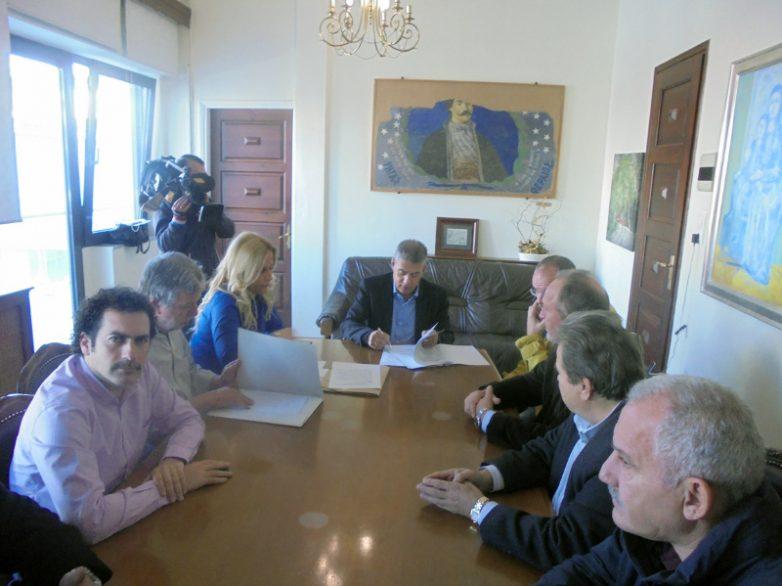Τρεις νέες συμβάσεις έργων συνολικού προϋπολογισμού 1.095.000 ευρώ για τη Μαγνησία υπέγραψε ο περιφερειάρχης Θεσσαλίας