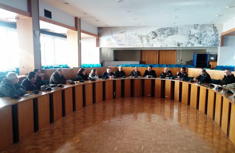 Έκτακτη σύσκεψη στην Περιφέρεια Θεσσαλίας για την αντιμετώπιση του κύματος κακοκαιρίας