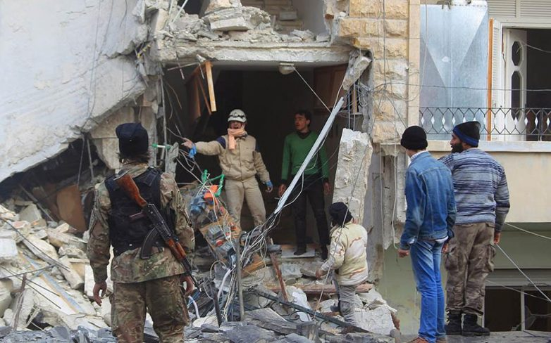 Συρία: Δεκάδες νεκροί από βομβαρδισμό ρωσικών αεροσκαφών στην πόλη Ιντλίμπ