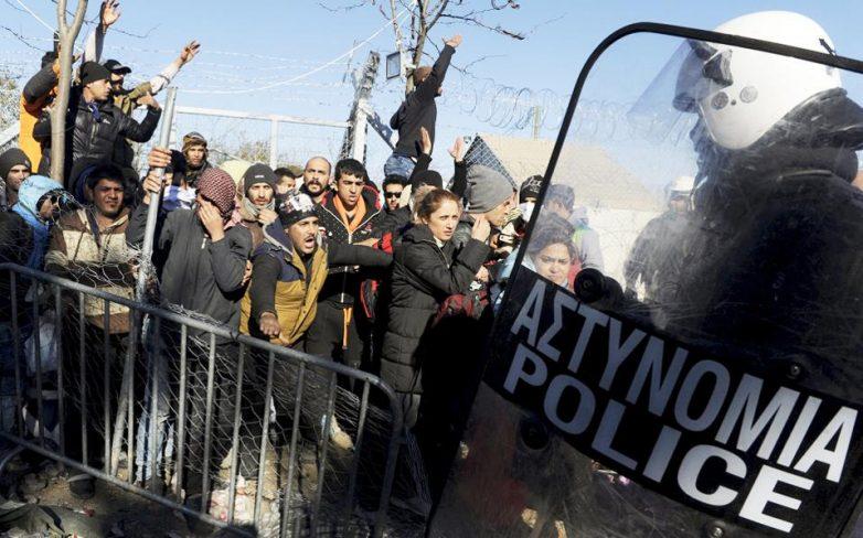 Αστυνομική επέμβαση για τη διάνοιξη της σιδηροδρομικής γραμμής στην Ειδομένη