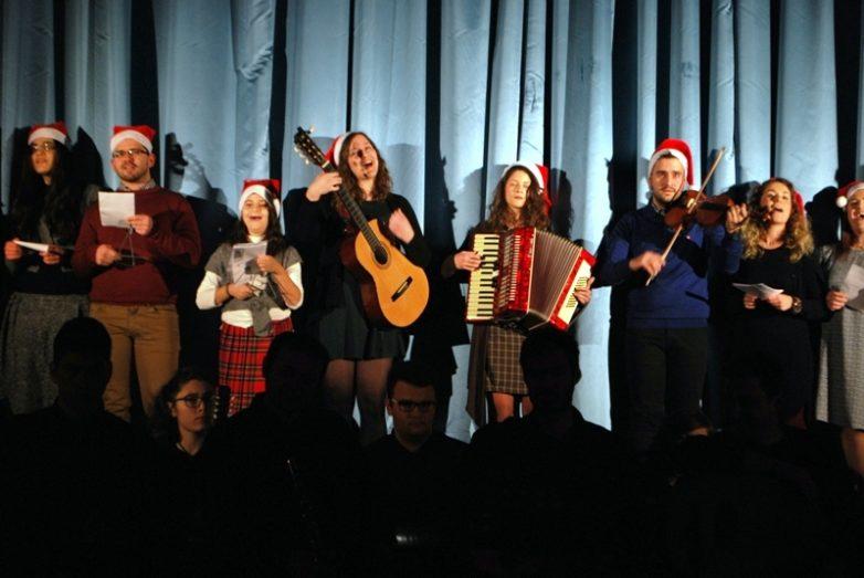Λαμπρή Χριστουγεννιάτικη γιορτή της νεολαίας της Ιεράς Μητροπόλεως Δημητριάδος