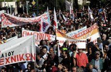 «Παραλύει» η Ελλάδα από τις απεργιακές κινητοποιήσεις