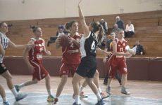 Στη «μάχη» του πρωταθλήματος μπάσκετ γυναίκες και άνδρες του Ολυμπιακού