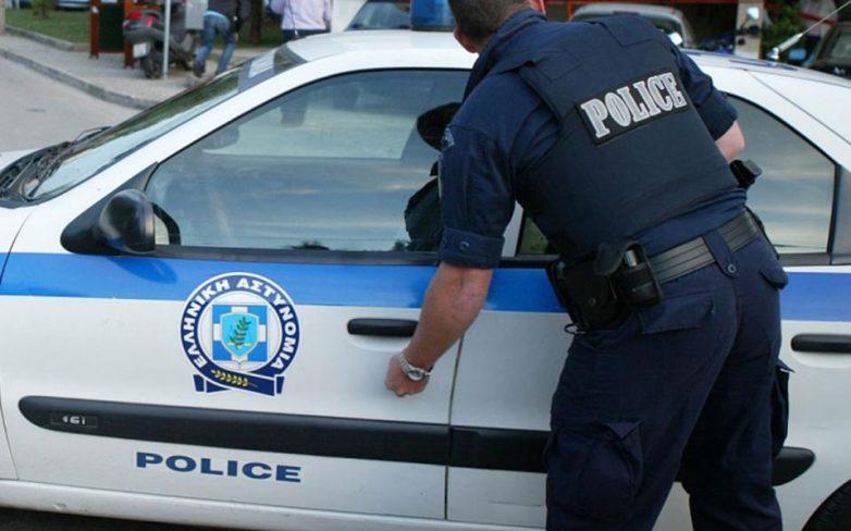 Εξαρθρώθηκε εγκληματική ομάδα που λήστευε ιδιοκτήτες καταστημάτων και πεζούς