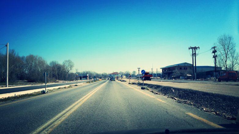 Συντηρεί τον οδικό άξονα Τρικάλων – Ιωαννίνων  η Περιφέρεια Θεσσαλίας