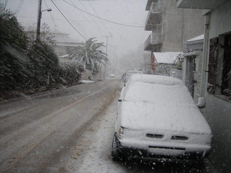 Σε ετοιμότητα   Δήμος Βόλου και περιφέρεια για την αντιμετώπιση χιονόπτωσης