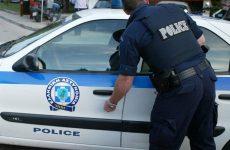Σύλληψη ημεδαπού για παράβαση των νόμων περί ναρκωτικών και περί όπλων