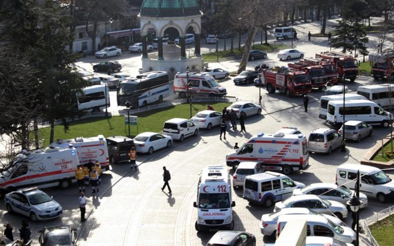 Συνεργασία ΕΕ-Τουρκίας: Η Ευρωπαϊκή Επιτροπή χαιρετίζει τη συμφωνία μεταξύ κρατών μελών σχετικά με το μηχανισμό στήριξης της Τουρκίας για την αντιμετώπιση της προσφυγικής κρίσης