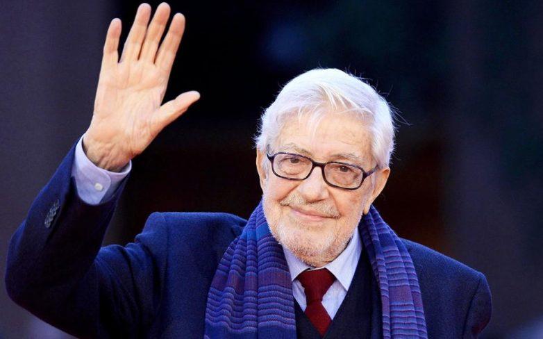 Έφυγε από τη ζωή ο σκηνοθέτης Ετορε Σκόλα