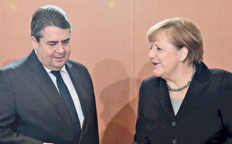 Στήριξη βουλευτών του SPD στη Μέρκελ για το προσφυγικό