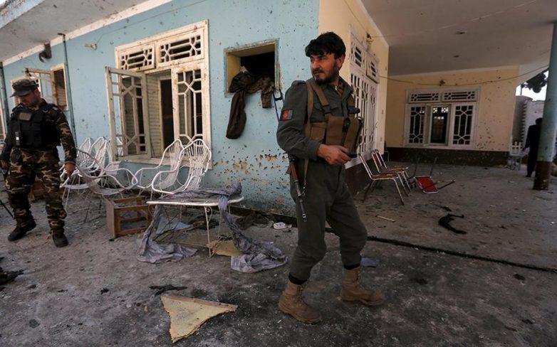 Τουλάχιστον 13 νεκροί από επίθεση αυτοκτονίας στο Αφγανιστάν