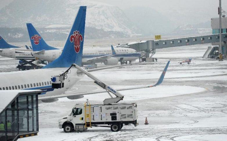 Δεκάδες ακυρώσεις σε πτήσεις στην Κίνα λόγω χιονοπτώσεων