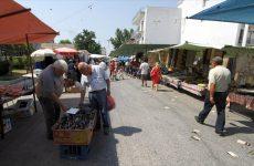 Στο στόχαστρο της δημοτικής αρχής Βόλου οι μικροπωλητές ειδών ένδυσης και υπόδησης λαϊκών αγορών