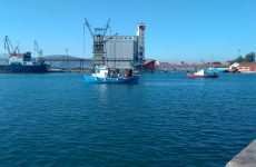 Θαλάσσια ρύπανση στο εμπορικό λιμάνι
