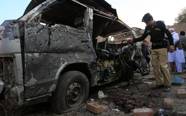 Τουλάχιστον πέντε νεκροί από επίθεση καμικάζι στο Πακιστάν