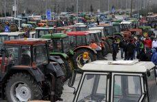Εξετάζουν διορθώσεις για τους αγρότες χωρίς έγκριση από τρόικα