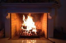 Ζημιές σε διώροφη οικία από πυρκαγιά στην καμινάδα
