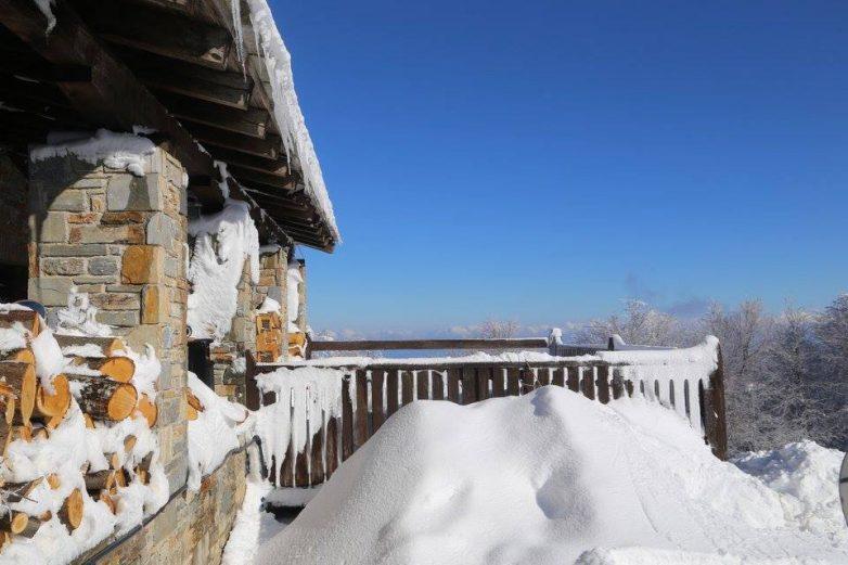 Στο κλοιό του χιονιά η Μαγνησία