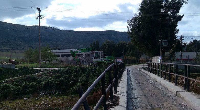 Δεν θα επιτρέψουν κάτοικοι, αγρότες, βιοτέχνες, έμποροι την κατεδάφιση της γέφυρας στη Λάμια Διμηνίου