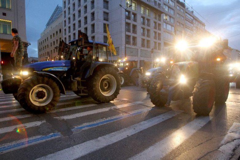 """Ε.ΠΑ.Μ.: """"Ο αγώνας των αγροτών, αγώνας όλων μας"""""""