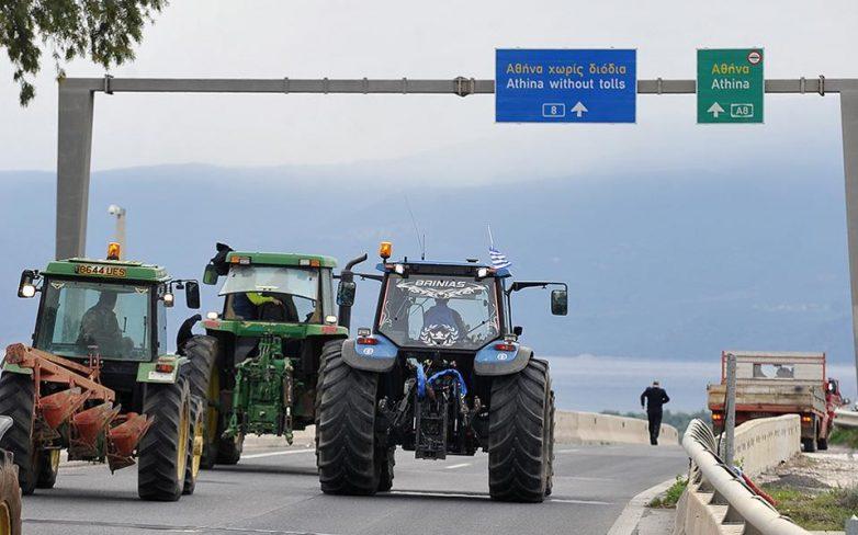 Τα αγροτικά μπλόκα παραλύουν την Αρτα