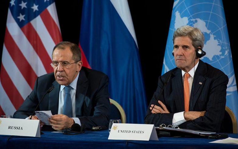 Παύση εχθροπραξιών και άμεση ανθρωπιστική βοήθεια στη Συρία ανακοίνωσε ο Κέρι