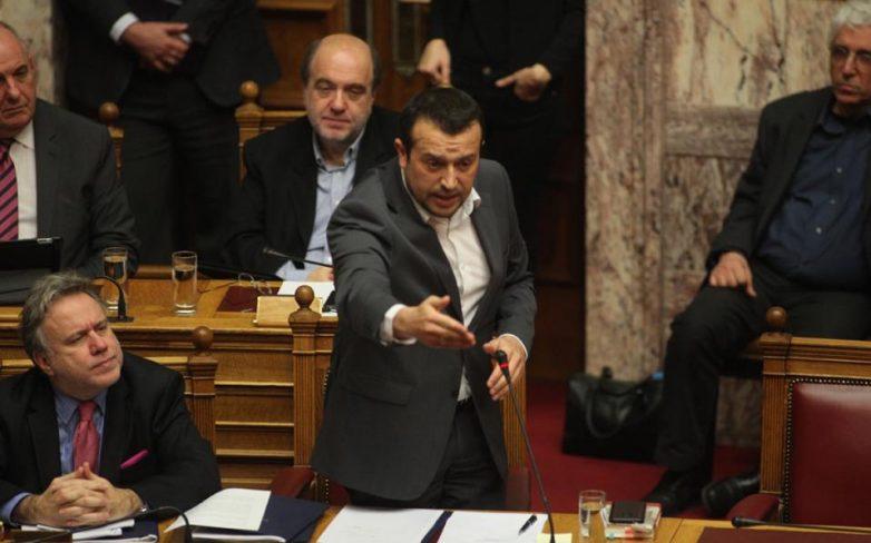 Ψηφίστηκε η τροπολογία για τις τηλεοπτικές άδειες με 154 ψήφους
