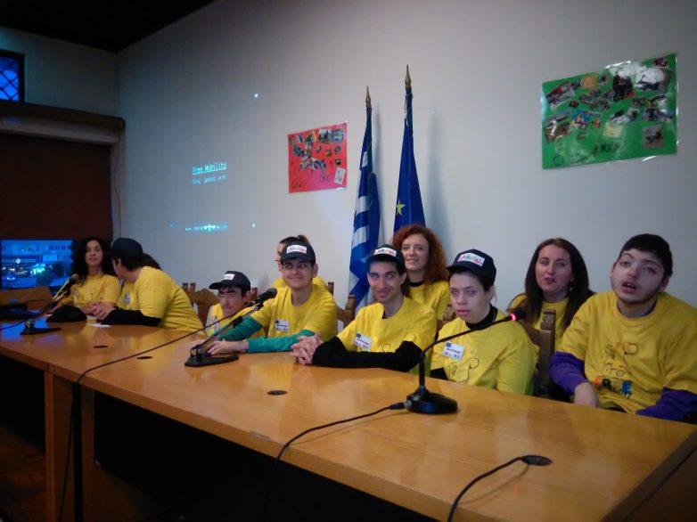 Λευκά ταξί, παιδικές χαρές και προσβασιμότητα ζητούν οι μαθητές  του ΕΕΕΕΚ Βόλου