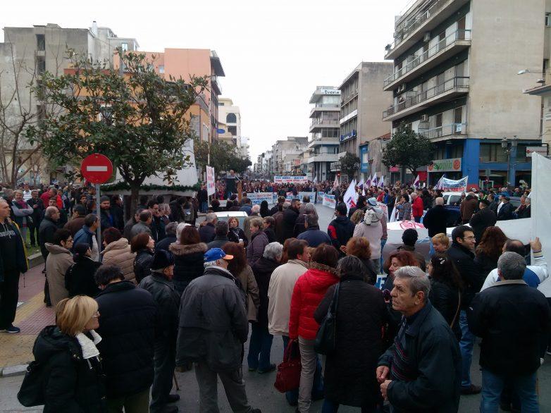 Κάλεσμα του ΠΑΜΕ στο συλλαλητήριο στη ΔΕΘ