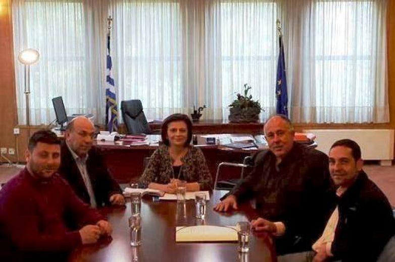 Συνάντηση δημάρχου Ρήγα Φεραίου-υφυπουργού Μεταφορών, Υποδομών και Δικτύων