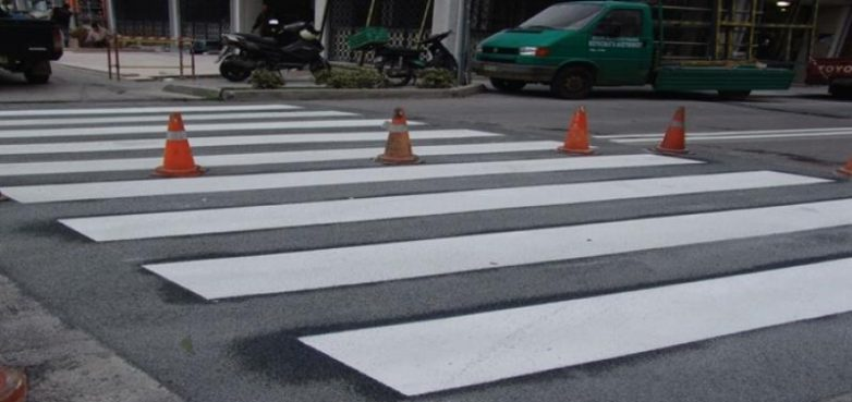 Εργασίες διαγράμμισης οδοστρώματος σε τμήματα του οδικού δικτύου της Μαγνησίας