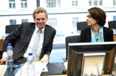 Σε κρίσιμη καμπή οι διαπραγματεύσεις με τους δανειστές
