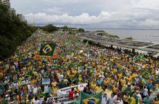 Βραζιλία: Παρέλυσε το Σάο Πάολο από τους διαδηλωτές