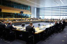 Ανοίγει η συζήτηση για το ελληνικό χρέος