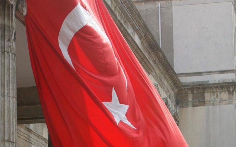 Η αντιπολίτευση στην Τουρκία κρούει τον κώδωνα του κινδύνου για την οικονομία