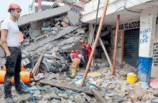 Ισημερινός: Στους 413 έφτασαν οι νεκροί από τον σεισμό